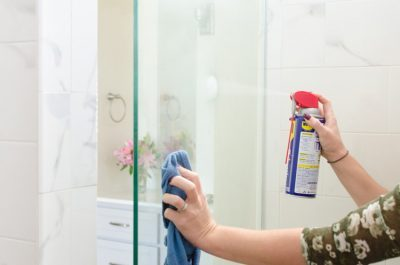11 Brilliant Hacks To Clean Gl Shower Doors Organization Obsessed