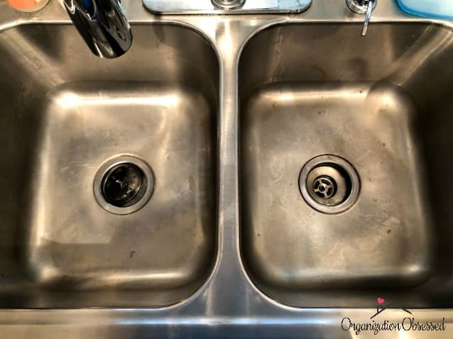 How To Clean Your Sink Like A Professional