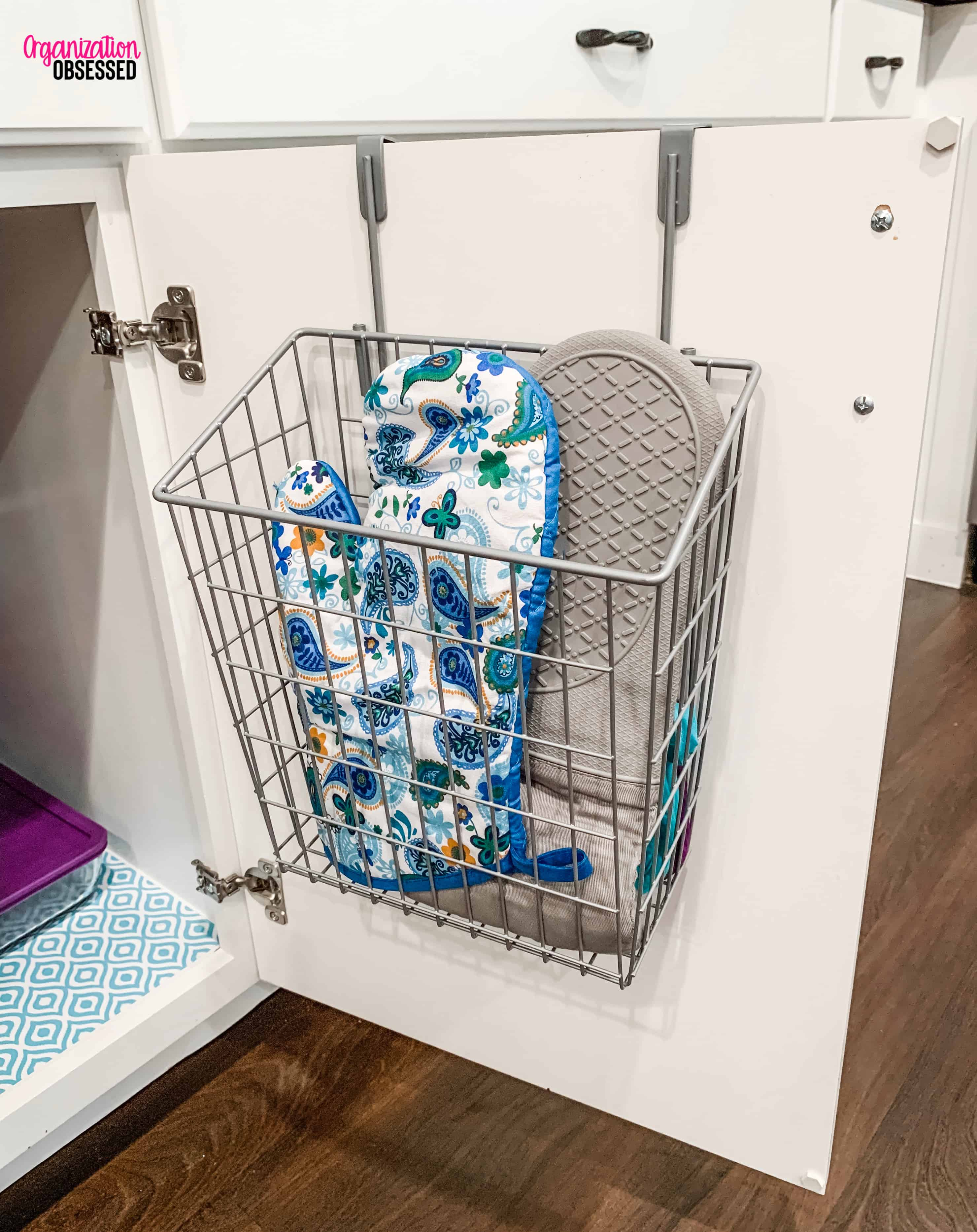 Organizing Small Spaces - Oven Mitts