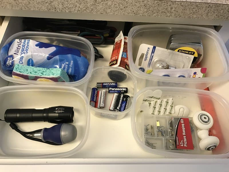 How to organize drawers in 20 minutes.