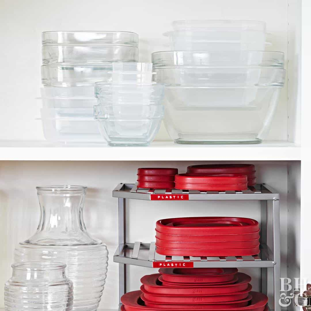Tupperware Pull Out Organizer